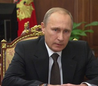 We Will Hunt Down Metrojet Bombers and Punish Them: Vladimir Putin