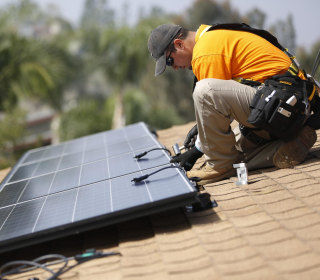 White House to Spread Solar Power to Renters, Poor Communties