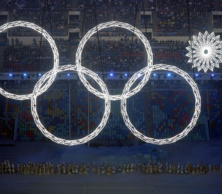 Russian TV Airs Doctored Video of Olympic Rings