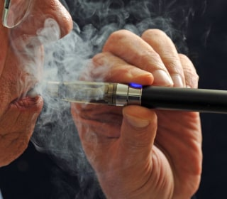E-Cigarettes Can Help Smokers Quit, British Doctors Say