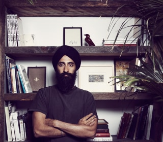 Advocates, Celebrities #StandWithWaris After Designer Was Barred From Flight