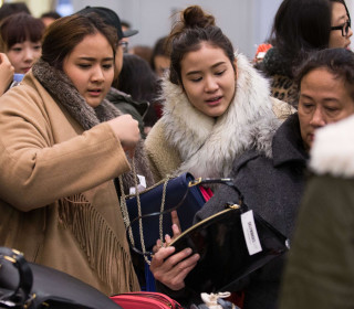 Rise of Online Shopping Adds to Retailers' Gift Return Headaches