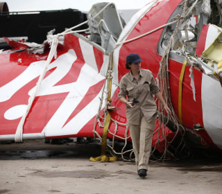 Divers Pull More Bodies From AirAsia Wreckage, Including One From Cockpit