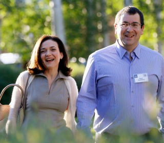 Sheryl Sandberg Joins  Board of Directors of SurveyMonkey, Late Husband's Company