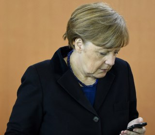 Germany Drops NSA Merkel Cellphone Spying Probe, Lacking Evidence