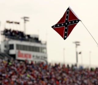 NASCAR Asks Fans to Stop Displaying Confederate Flag