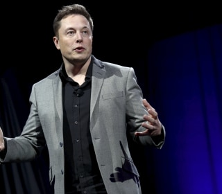 Apple Is 'Graveyard' of Failed Tesla Employees: Elon Musk