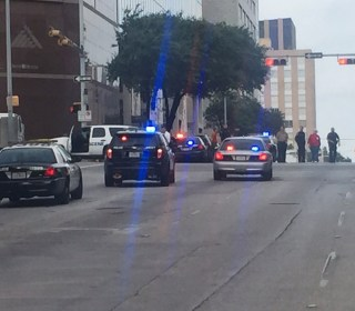 Police Kill Gunman After Shootout in Texas Luxury Hotel
