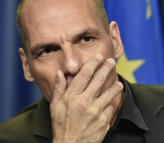 Greek Finance Minister Yanis Varoufakis Resigns After 'No' Vote on Bailout