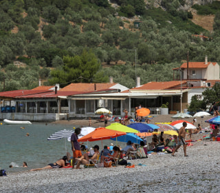 Bailout Tax Hikes Already Hurting Greek Tourism Spots' Business