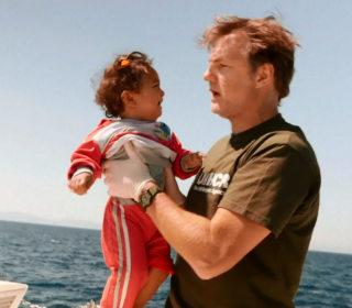 'Walking Dead' Actor David Morrissey Helps Save Desperate Boat Refugees