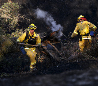 California Firefighters Make Progress in Napa County Wildfire