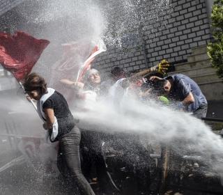 Violent Protests Erupt After Istanbul Peace March Canceled