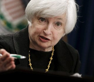 Fed Holds the Line, Leaves Interest Rate Hikes on the Table