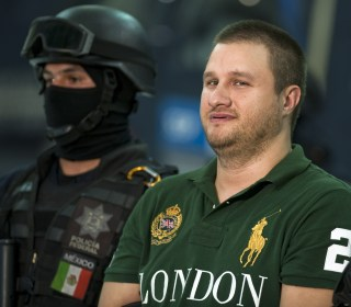 Mexico Extradites Alleged Drug Lord 'La Barbie,' 12 Others to U.S.