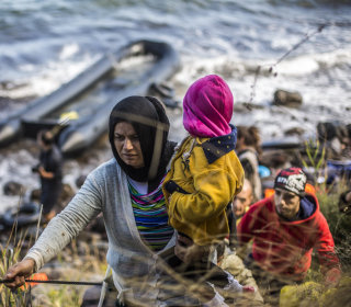With Winter Looming, Migrants Continue Risky Crossings to Greece