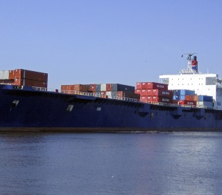 El Faro, Cargo Ship Carrying 28 Americans, Believed to Have Sunk
