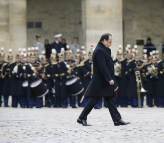 Paris Attacks Memorial Service: Hollande Mourns 130 Victims