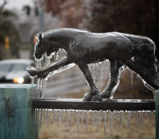 Icy Rain to Clear, But Snow On the Way for Plains, Midwest