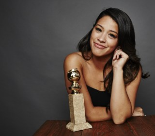 Gina Rodriguez Offers Teen Her Golden Globes Gown