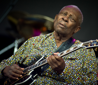 Year in Review: B.B. King, Frank Gifford Among Notables Who Died in 2015