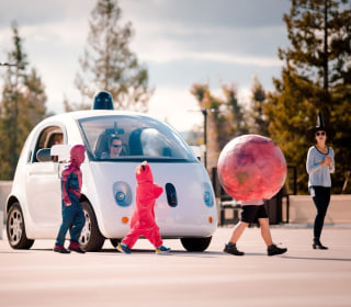 Will Google's Robot Cars Have Wireless Chargers?