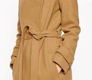 4 Ways to Wear a Wrap Coat, a Time-Tested Style Staple