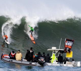 Super Bowl Forces Blackout of Famed Surf Competition