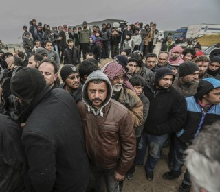 Turkey Under Pressure as Thousands of Syrians Amass at Border