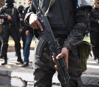 Egyptian Police Kill 4 Suspected Militants South of Cairo