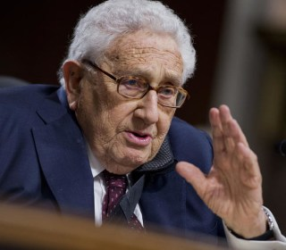 How Henry Kissinger Became Part of the Democratic Primary