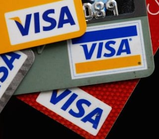Wal-Mart Sues Visa Over Signatures on Chip-Card Transactions