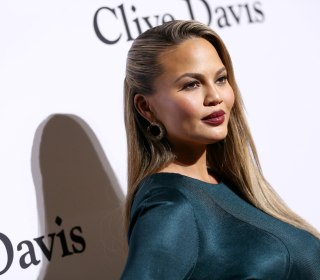 Chrissy Teigen Talks Postpartum Depression: 'There's a Light on the Other Side'