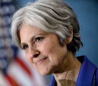 Green Party's Stein Woos Disaffected Sanders Voters
