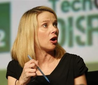 Senator Seeks SEC Probe of Yahoo Disclosure on Mega Hack