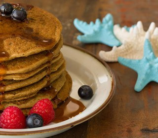 Stop Right Now! Only 4 Percent of Moms Want Breakfast in Bed