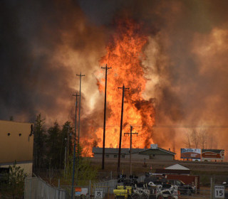 Fort McMurray Wildfire: 80,000 Evacuated Over Out-of-Control Blaze