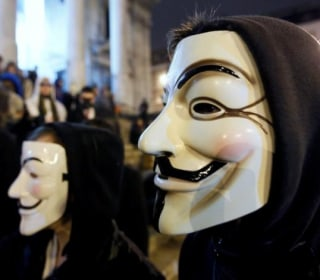 Anonymous Attacks Greek Central Bank, Says 30-Day Global Hack to Follow