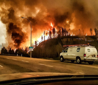 Fort McMurray Wildfire: More Evacuated as Blaze Spreads South
