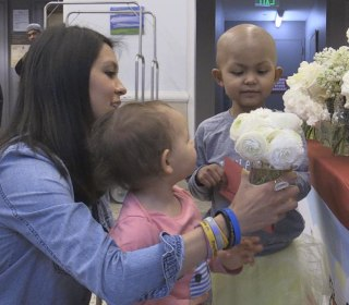 'Repeat Roses' Gives Trashed Wedding Flowers a Second Chance
