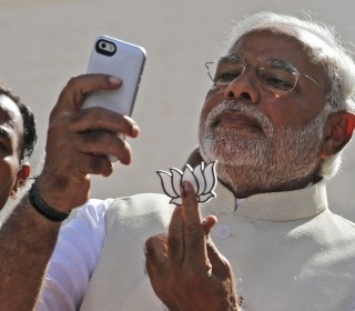 Tim Cook to Meet India's Selfie-Loving Prime Minister