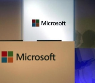 Microsoft to Trim Smartphone Business, Will Axe 1,850 Jobs