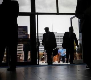 U.S. Job Gains in May Likely Dented by Verizon Strike