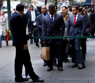 Job Growth Brakes Sharply; Unemployment Rate Falls to 4.7 Percent