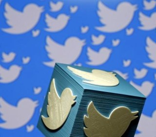 Social Media Accounts May Be Factored in Foreigner Visits to U.S.
