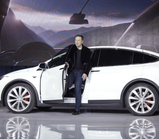 Tesla Investor Group Wants More Independent Board, Cites Musk Ties