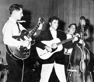 Scotty Moore, Elvis Presley's Groundbreaking Guitarist, Dies at 84