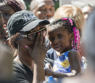 Girl Pleads With Mother After Castile Killing: 'I Don't Want You to Get Shooted!'