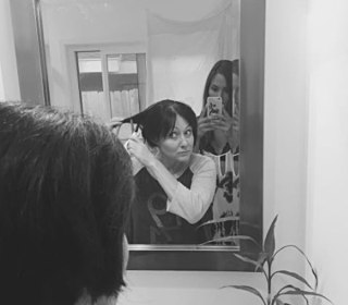 Pics Show Shannen Doherty Shaving Head In Breast Cancer Battle