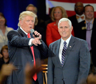 Pence Settles Into Comfortable Rhythm on Campaign Trail